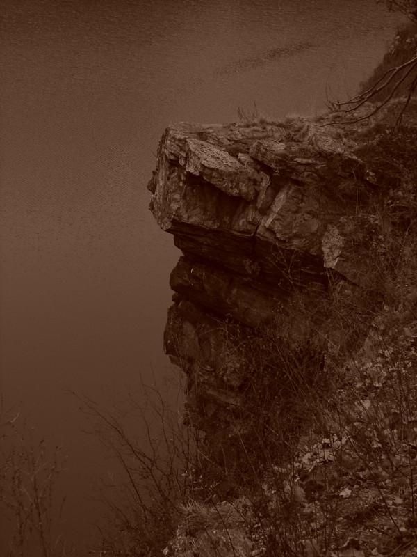 nad přehradou